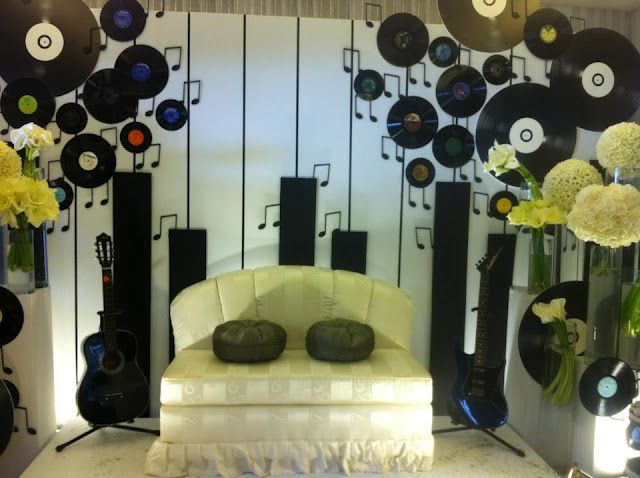 Easy To Make Backdrop For Music Themed Party Music Theme Wedding