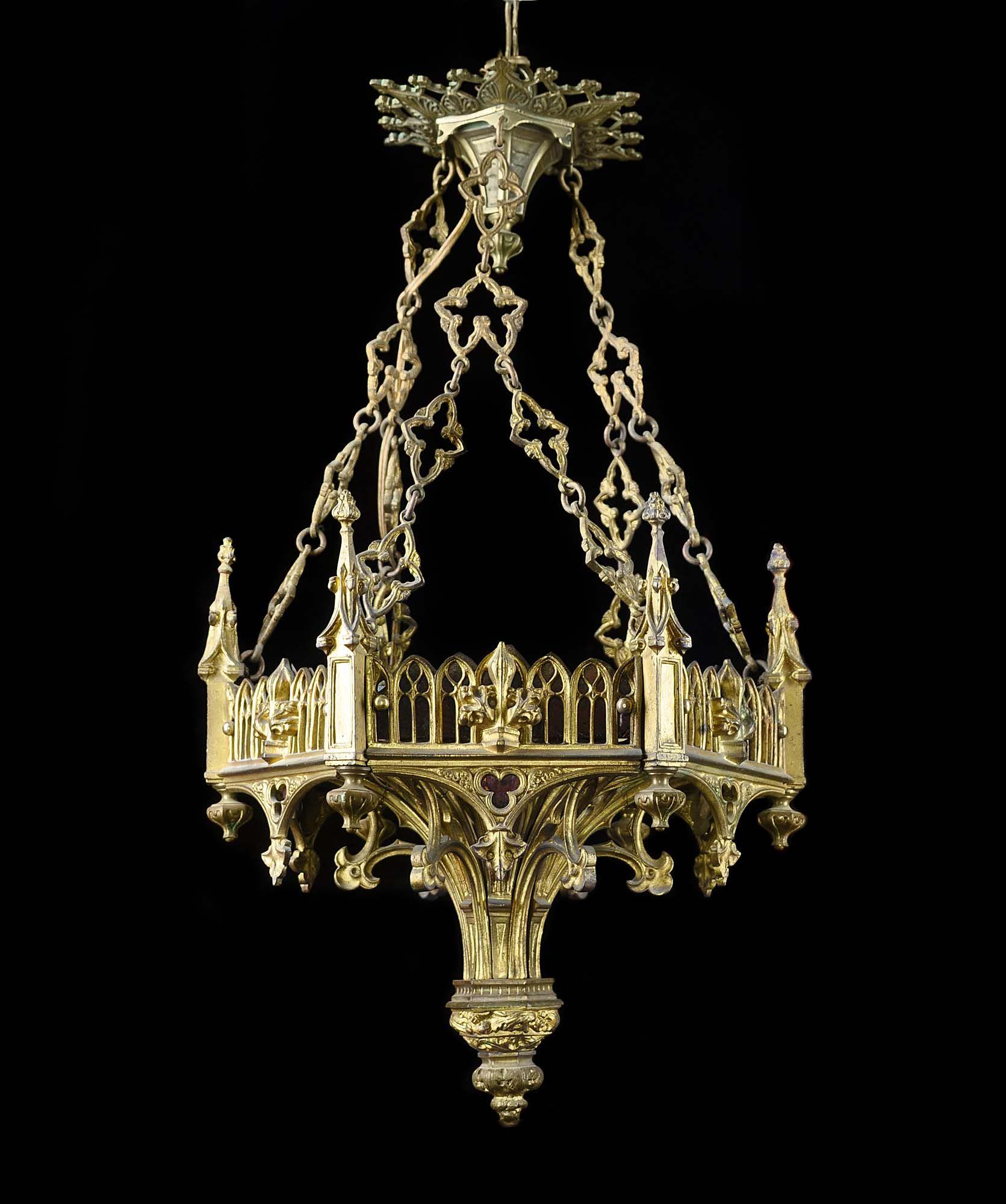 Antique gothic chandelier best 2000 antique decor ideas for Chandelier mural antique