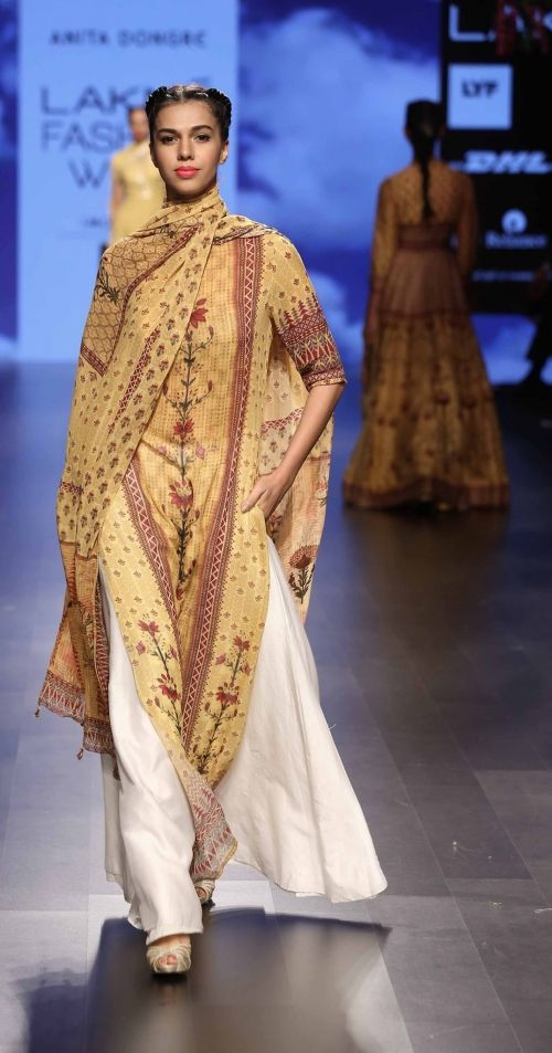 @anitadongre AT LAKME FASHION WEEK - AW16 - LOOK 6