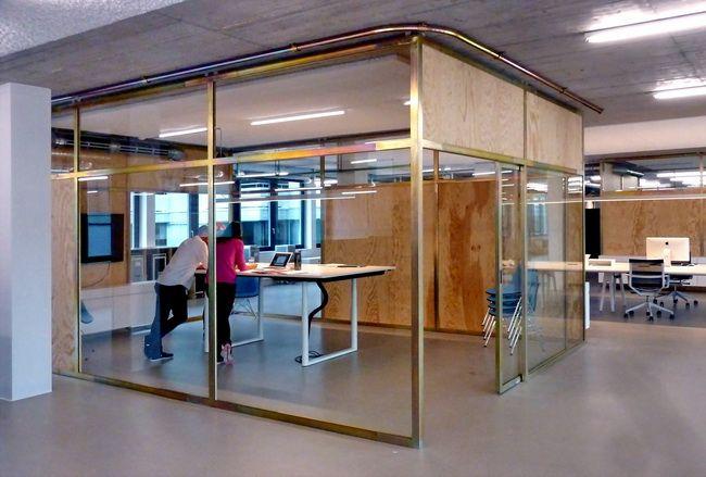 Meetingraume Mit Schiebeturen Aus Stahl Und Holz Besrechungsraum