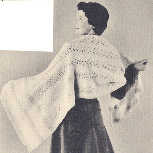 Vintage Knitting Pattern//Instructions 1940s Lady/'s Cape//Stole//Shawl DK Wool.