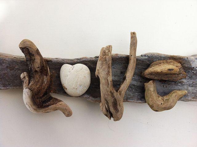 Driftwood art love driftwood crafts driftwood and craft for Driftwood art crafts