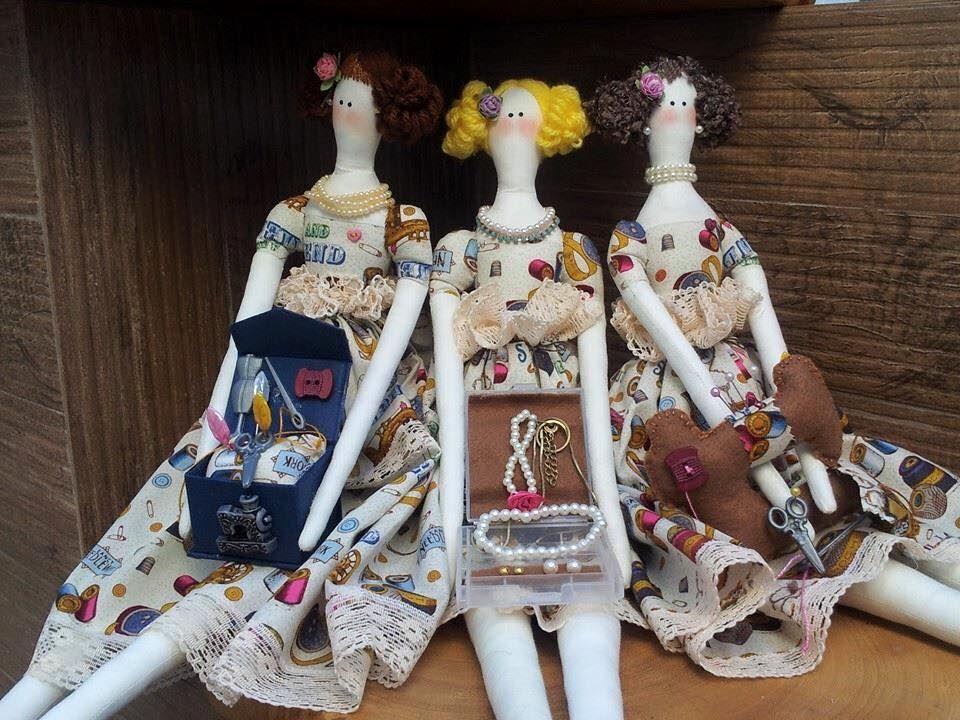 #tilda #tildaestilista #amotilda #artesanato #bonecadeluxo #decoração #tonefinnanger #ivana #tildaporivana #tildadoll #tildaworld #decoração #tildastyle #tildadesign #mundotilda #mundoencantado #bonecas #presente
