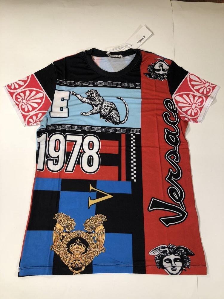 Versace Masculino Novo em folha Camiseta grande extra extra grande  multicores 1978 Barroco Medusa Grécia Antiga  de76e3b3fad