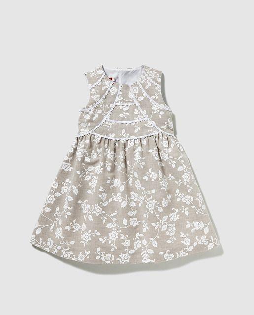 7e1041bdd17 Vestido de niña Tizzas en lino natural