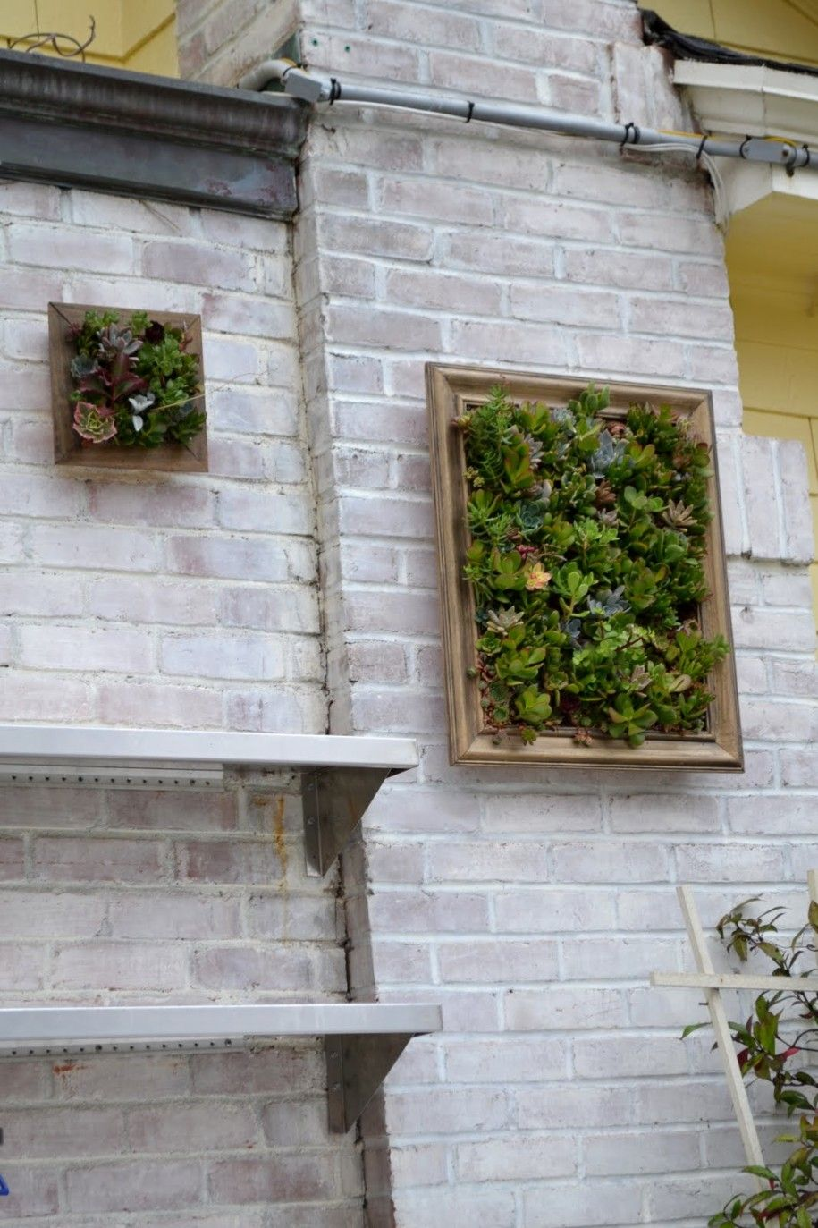 Best Designs For Outdoor Wall Art Extravagant Brick Natural Accents Myeryfly Inspiration
