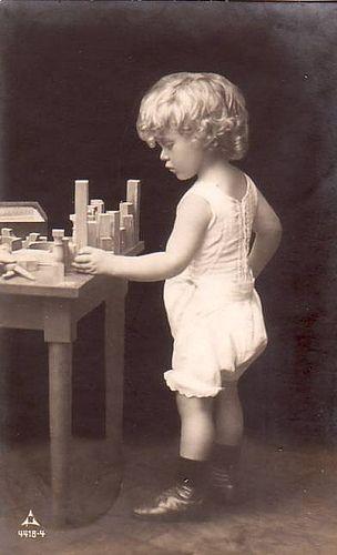https://flic.kr/p/415wEa | Vintage Postcard ~ Girl w/ Blocks