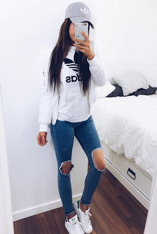 Back to School Fashion - Adidas sweatshirt + distressed skinny jeans -