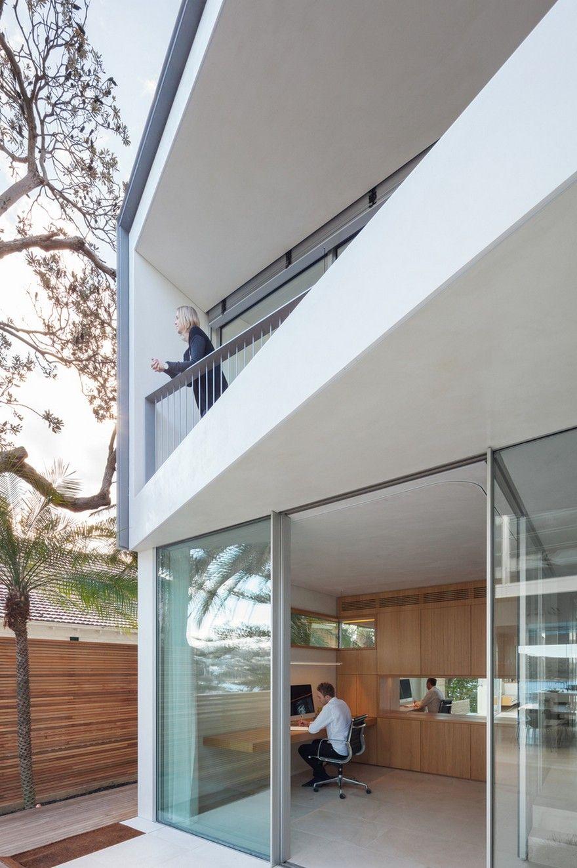 Narrow Beach House in Sydney by Marston