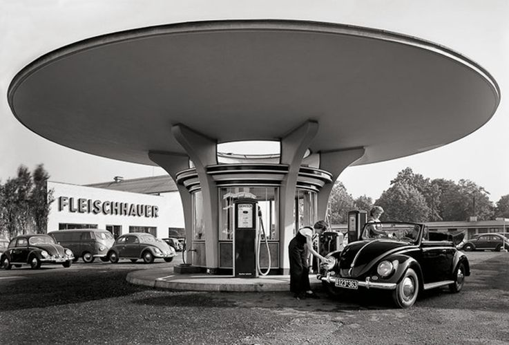 karl hugo schm lz tankstelle fleischhauer 1950s cologne germany via stadt k ln karl hugo. Black Bedroom Furniture Sets. Home Design Ideas