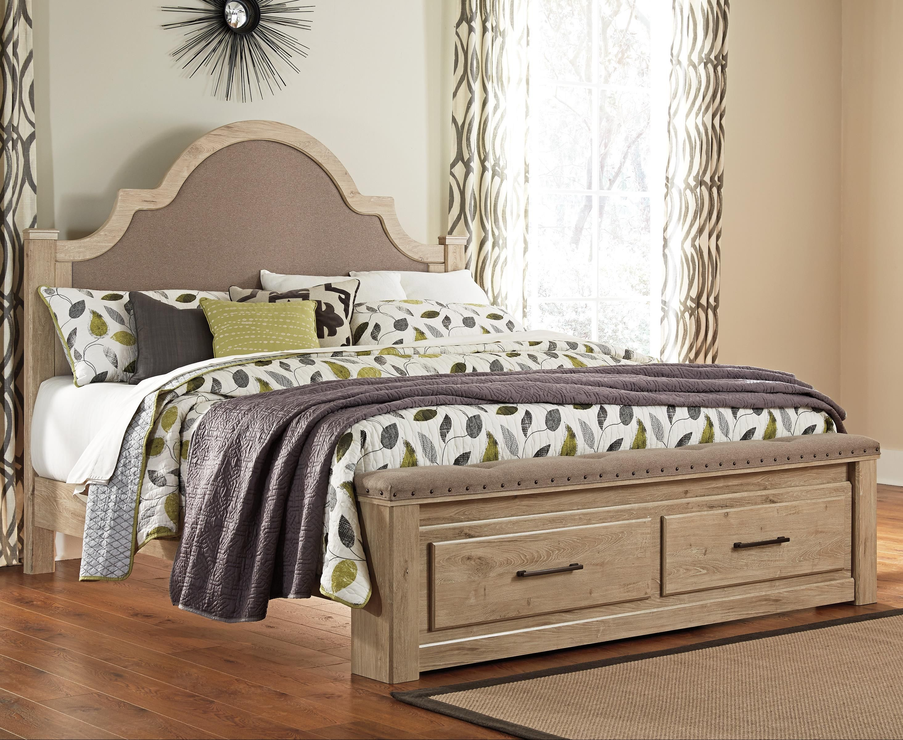 Annilyn King Upholstered Bed with Storage Footboard with