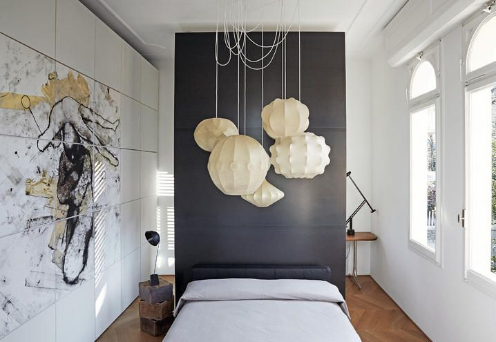 A bright bedroom in a 30s house on Bologna's hills, Italy