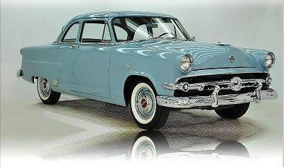 1952 Ford. Believe that pale blue is a stock color in '52.