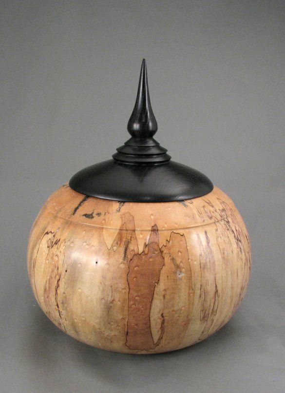 accessoire bois art design accessoire bois pinterest bois urne fun raire et tournage. Black Bedroom Furniture Sets. Home Design Ideas