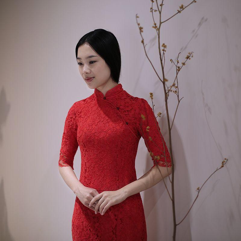 oriental prom dress chinese girl in traditional dress cheongsam ...