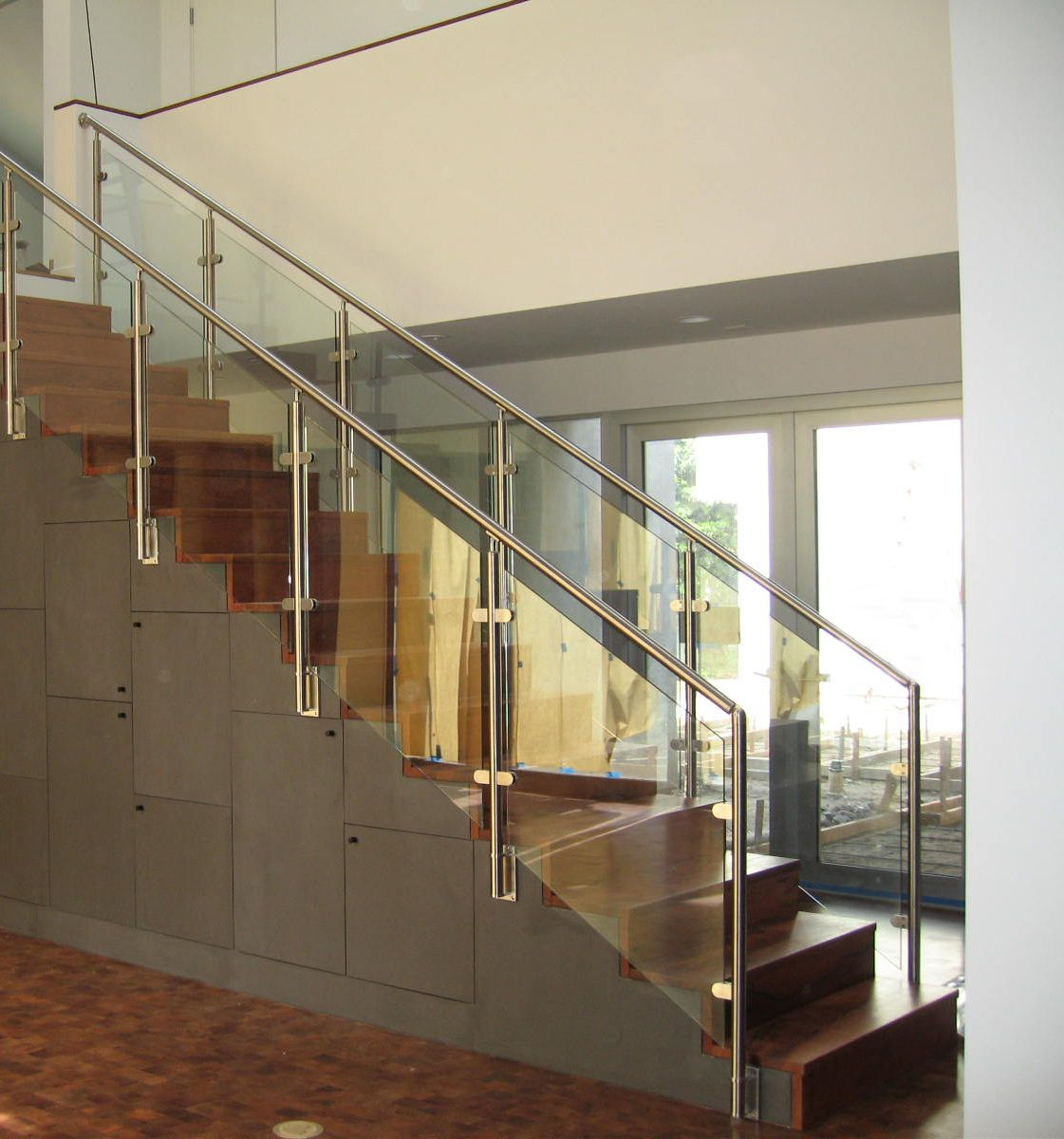 Balustrade Tangga Our Stainless Railing With Rounded Glass Clamps Make This