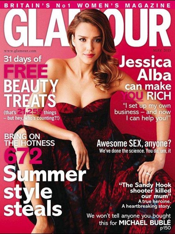 Disfrutando siempre de unas fotos, Jessica Alba fue protagonista de la portada de Glamour. Ella lució su lado mas sexy y divertida, para el lente de Simon Emmett.