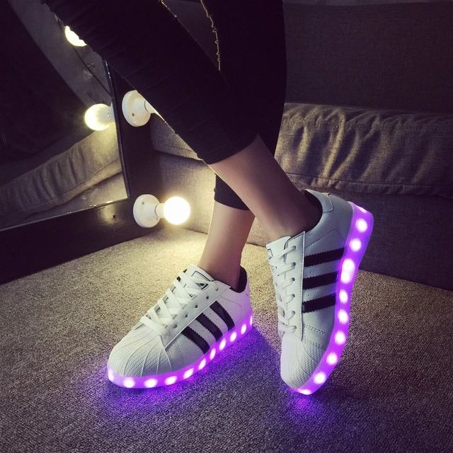 on sale 27b60 badb8 LED luminous shoes for Adults Men Women Chaussure Lumineuse Light Shoes  Casual Luminous shoes USB charging basket femme