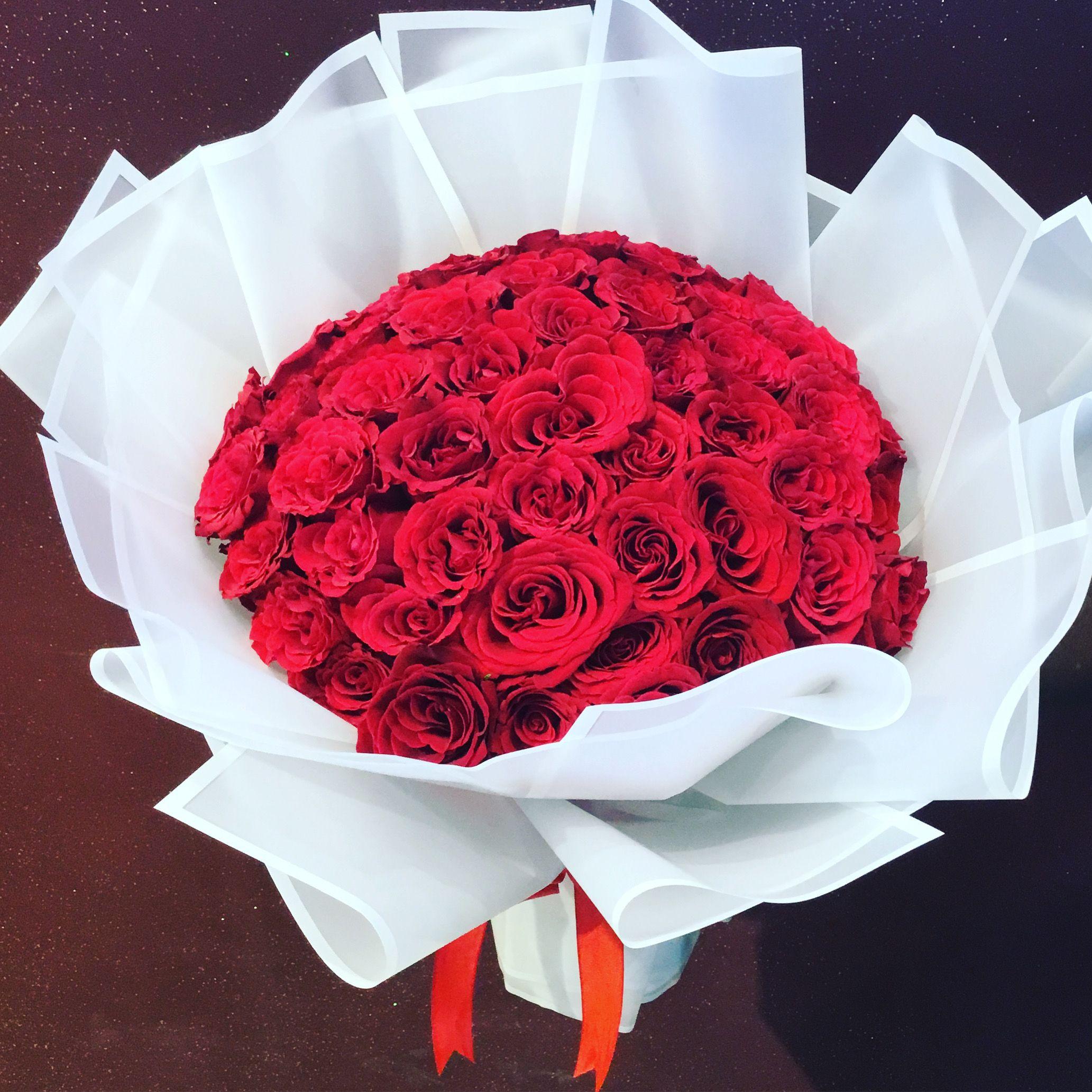 Flower Delivery Abu Dhabi Online Flower Shop In 2020 Online Flower Shop Flower Delivery Online Flower Delivery