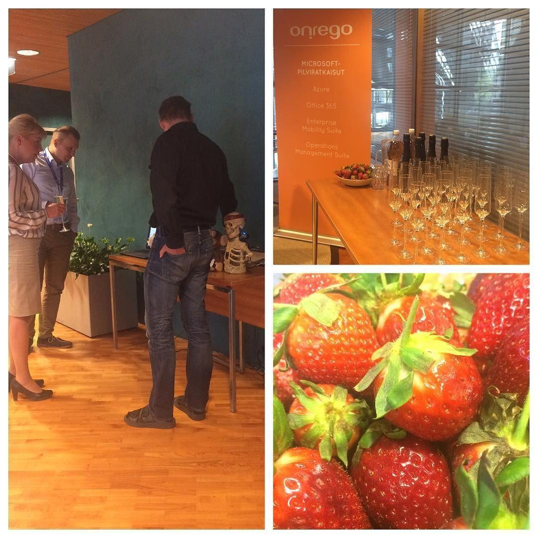 Tupaantuliaiset ja #IoT apinan ihmettelyä. #onrego #tuparit #microsoft #finland by onregooy