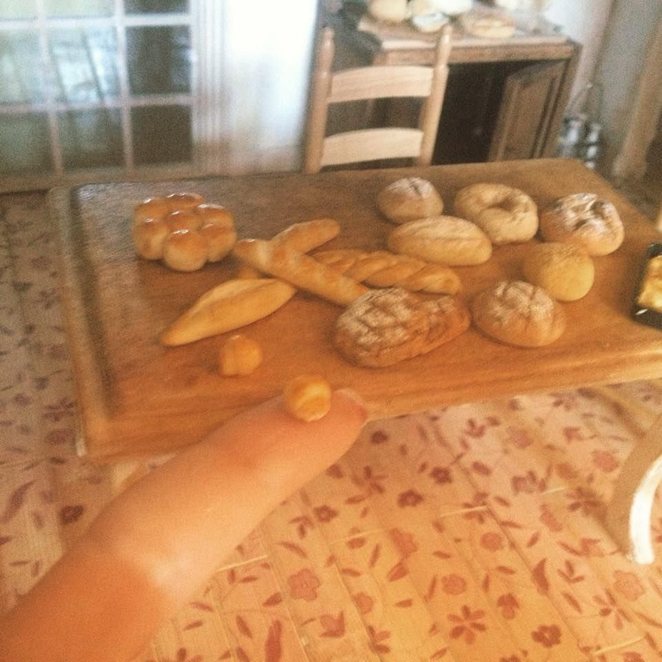PANE-Scala 1:12 Dolls House miniatura Croissant-ALIMENTARE-shop-ACCESSORIO
