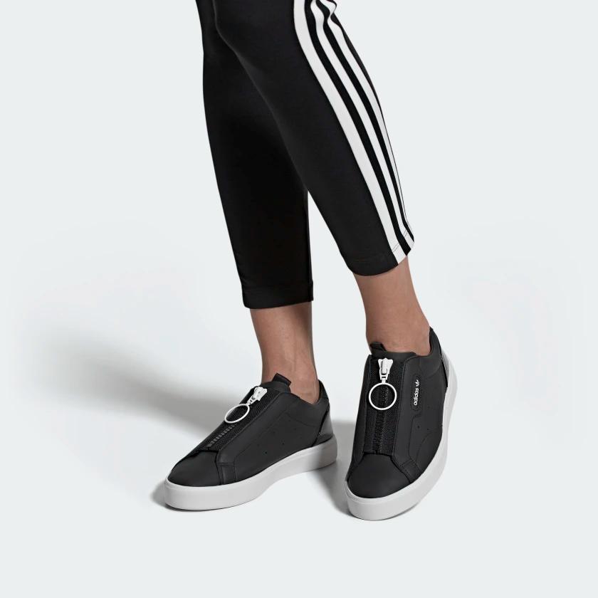 combinación posición libro de texto  adidas Sleek Zip Shoes - Black | adidas US | Shoes, Sneakers fashion, Vans  classic slip on sneaker