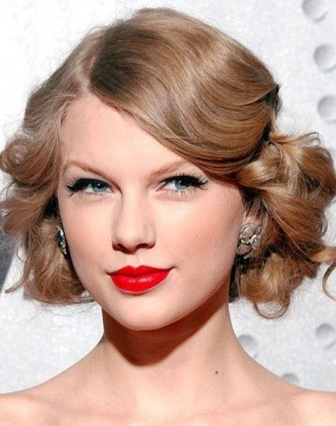 26 Taylor Swift Hairstyles – Celebrity Taylor's Hairstyles Pictures – Pretty Designs