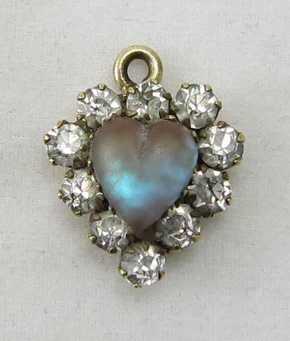 Antique victorian pendant gorgeous saphiret heart surrounded by antique victorian pendant gorgeous saphiret heart surrounded by clear stones pendant aloadofball