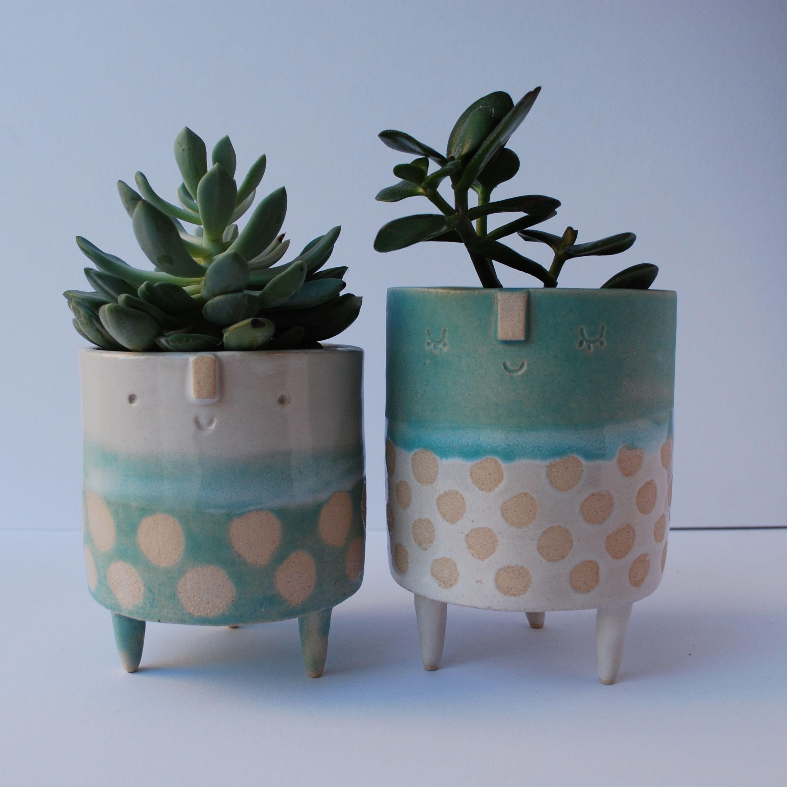 Atelierstella Pair Of Large Tripod Planters Turquoise White Spots Ceramic Flower Pots Ceramic Pottery Ceramic Art