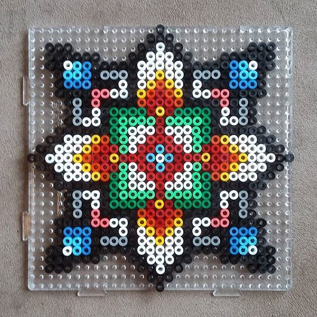 Hama perler bead design by solstrikke | Nähmuster | Pinterest ...