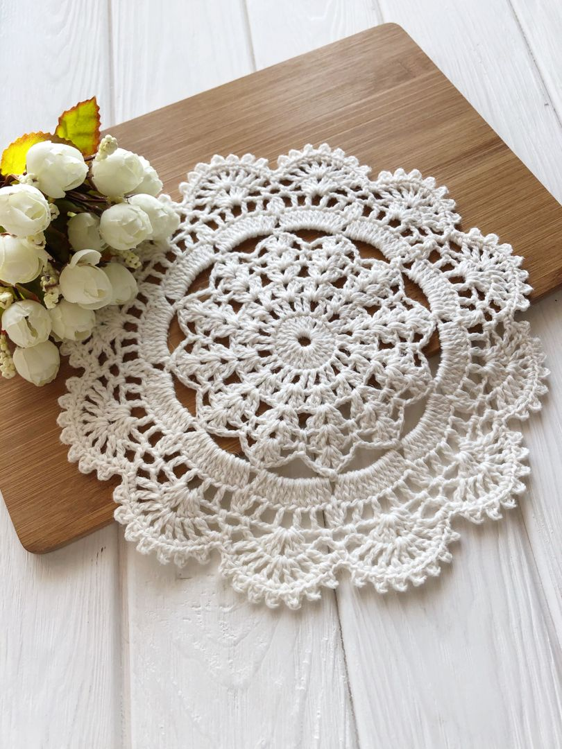 Crochet placemats and centerpieces cup coasters by SweethomeByLulu