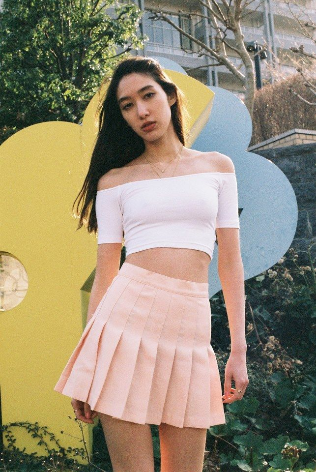 9d8e2ad57bfd66 Off-Shoulder Top + Tennis Skirt.  AmericanApparel I want the skirttttt