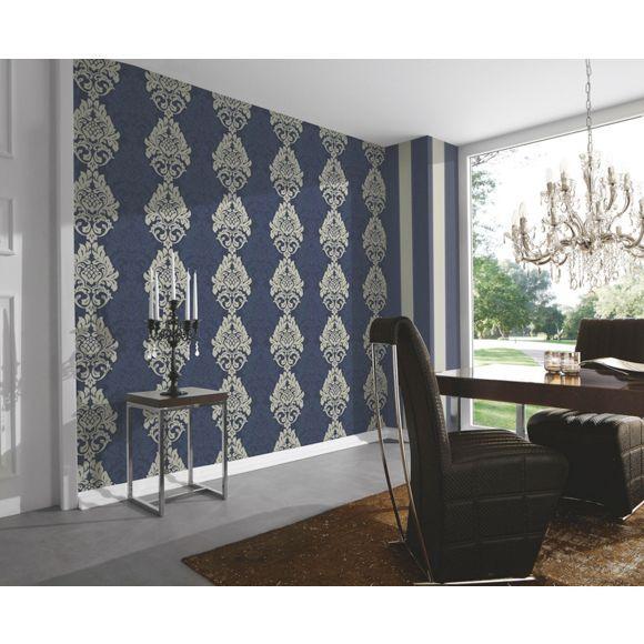 Blautöne Farbpalette: Klassische Blumenornamente, Durchdringende Streifen Und