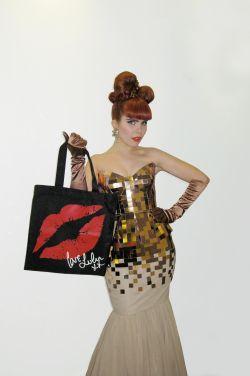 Lulu Guinness bag for Action on Addiction (modelled by Paloma Faith!)