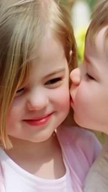 Cute Babies Kissing Pictures Photos And Images At Http Www