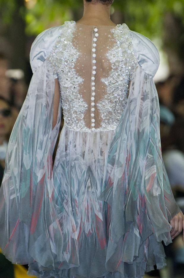 """fashionsprose:  """" Details at On Aura Tout Vu Couture F/W 2014  """""""