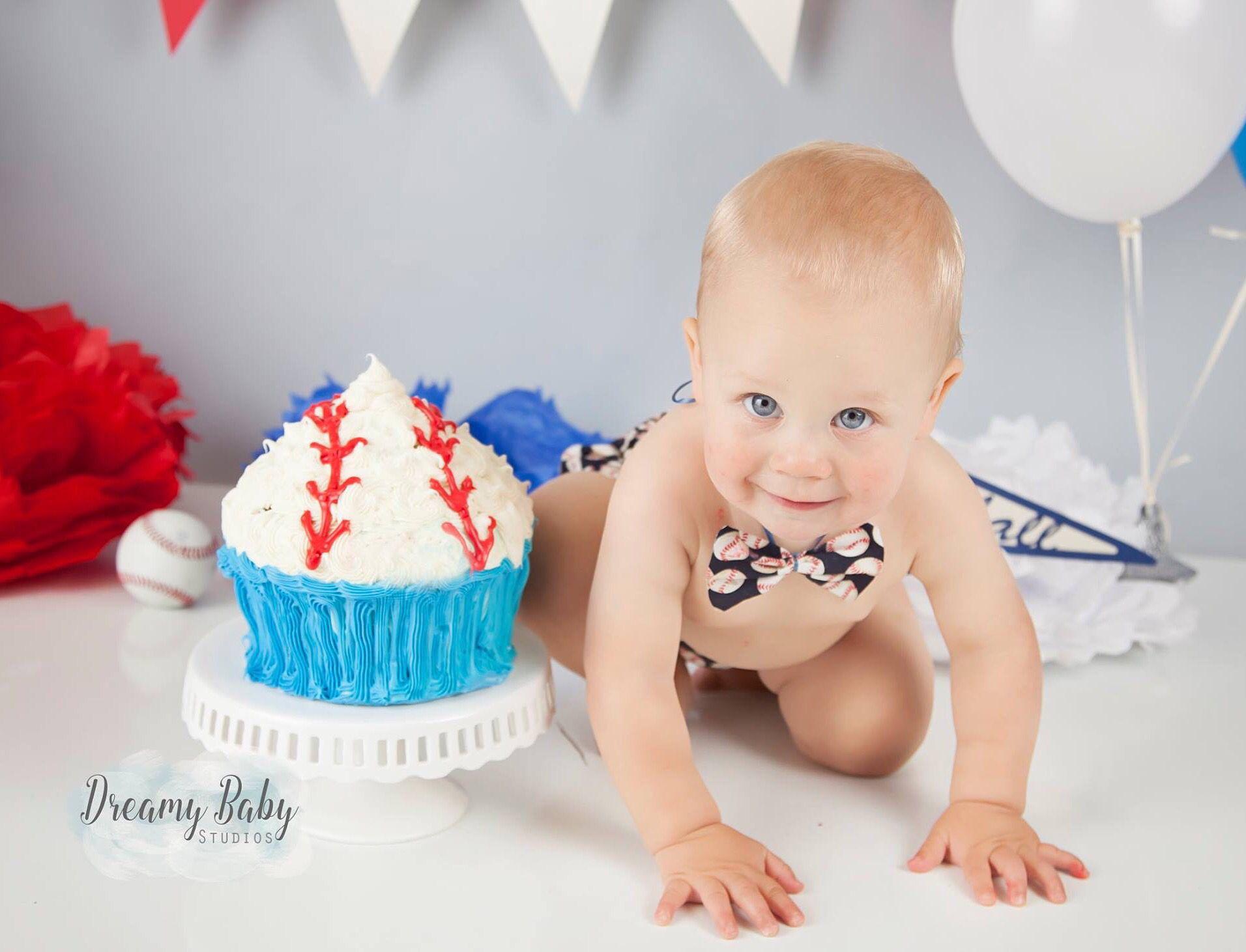 Cool Baseball Cake Smash Dreamy Baby Studios Virginia Beach Va First Personalised Birthday Cards Vishlily Jamesorg