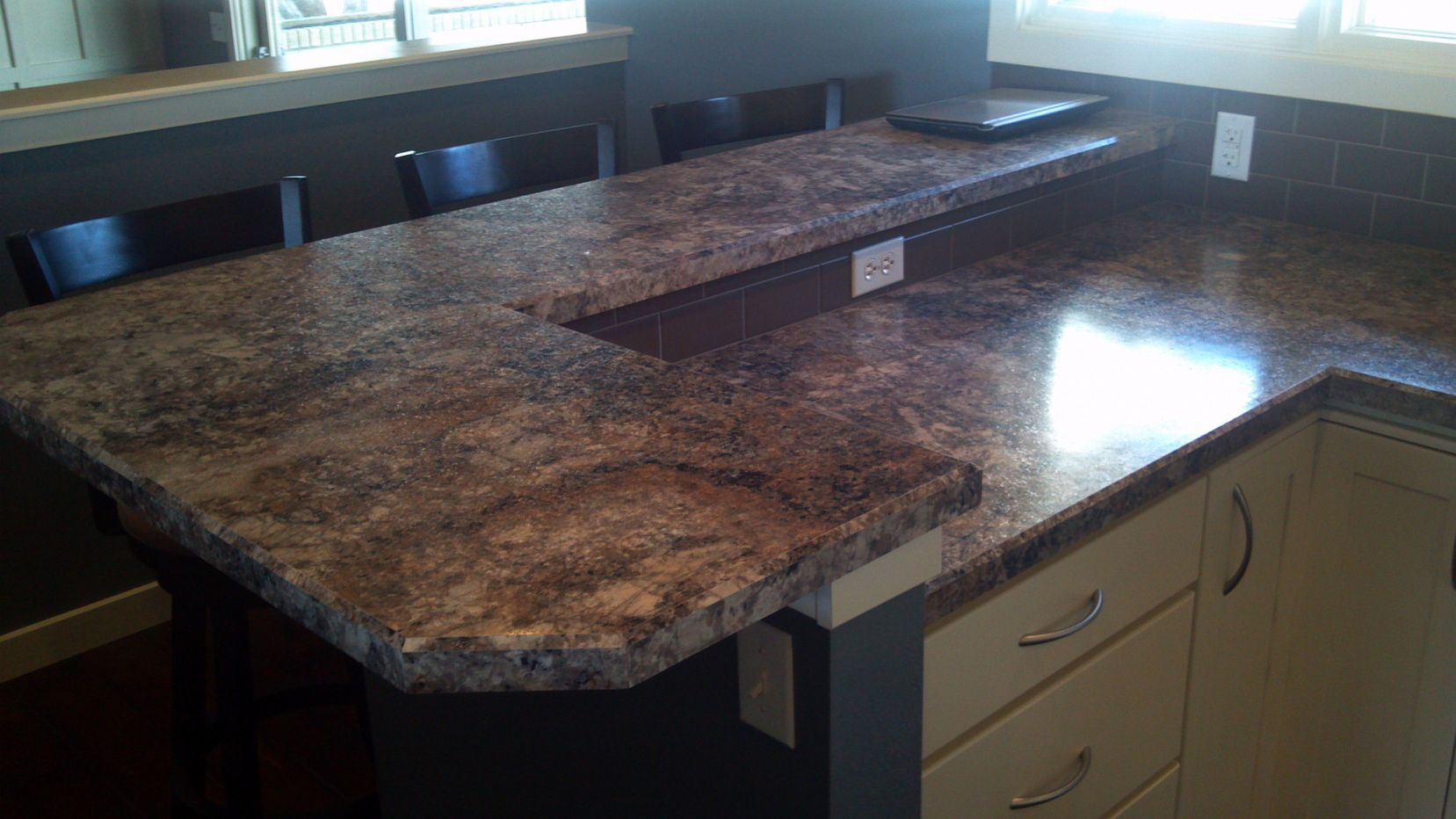 2019 How to Paint Laminate Countertops to Look Like ...