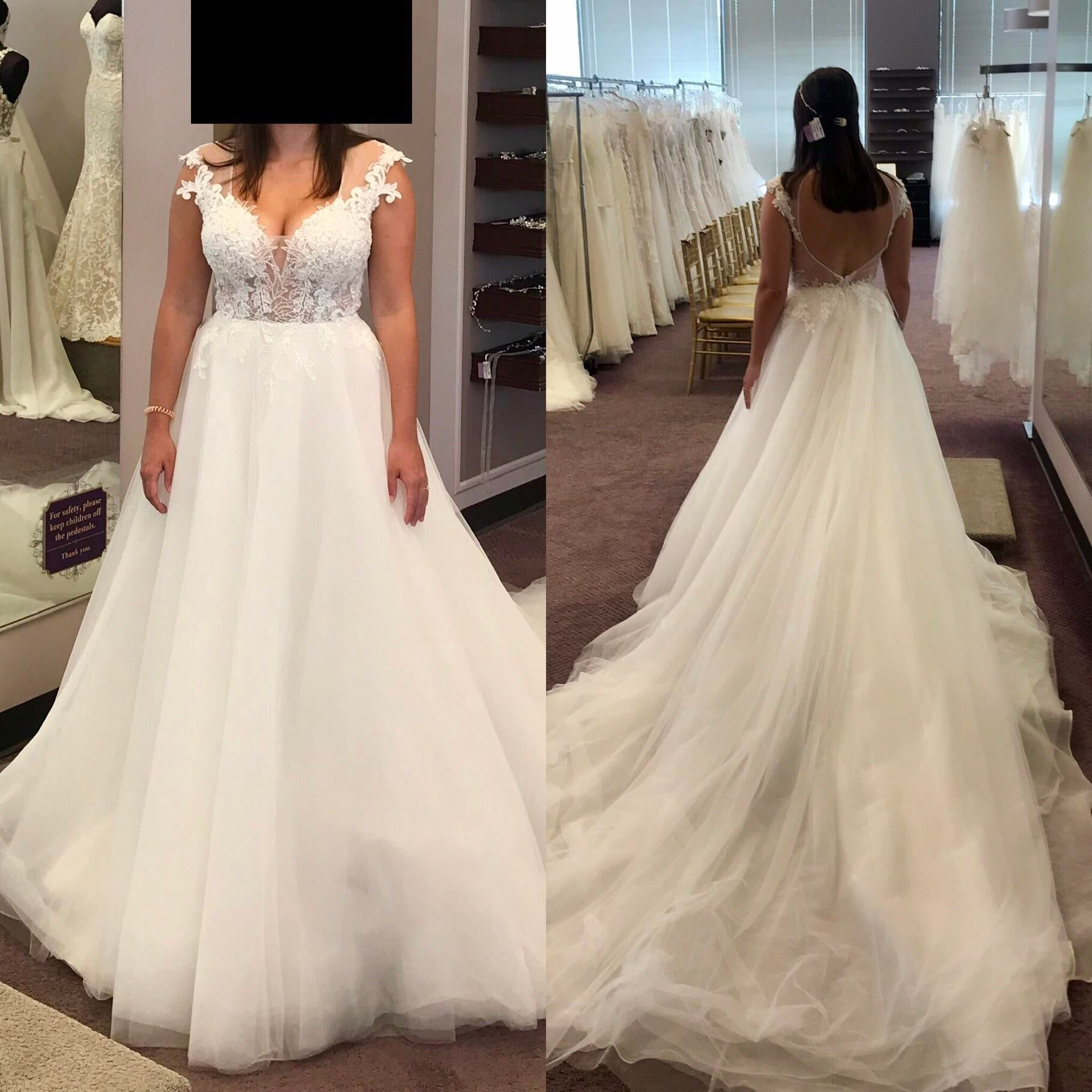 Fingers Crossed But Does Anyone Know This Dress Check More At Https Www Evmore Net Weddin Wedding Wedding Dresses Lace Wedding Dresses