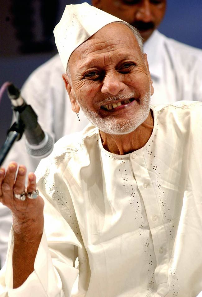 The Enigmatic Smile The Pure Joy Ustad Bismillah Khan Bismillah Khan Vintage Bollywood Indian Classical Music