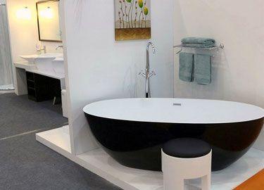 Grosse Badewanne sie suchen eine freistehende badewanne aus mineralguss wir bieten