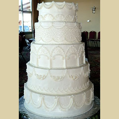 21 Wedding Cakes That Look So Delicious NO Fondant You Might Try To Eat Your Computer
