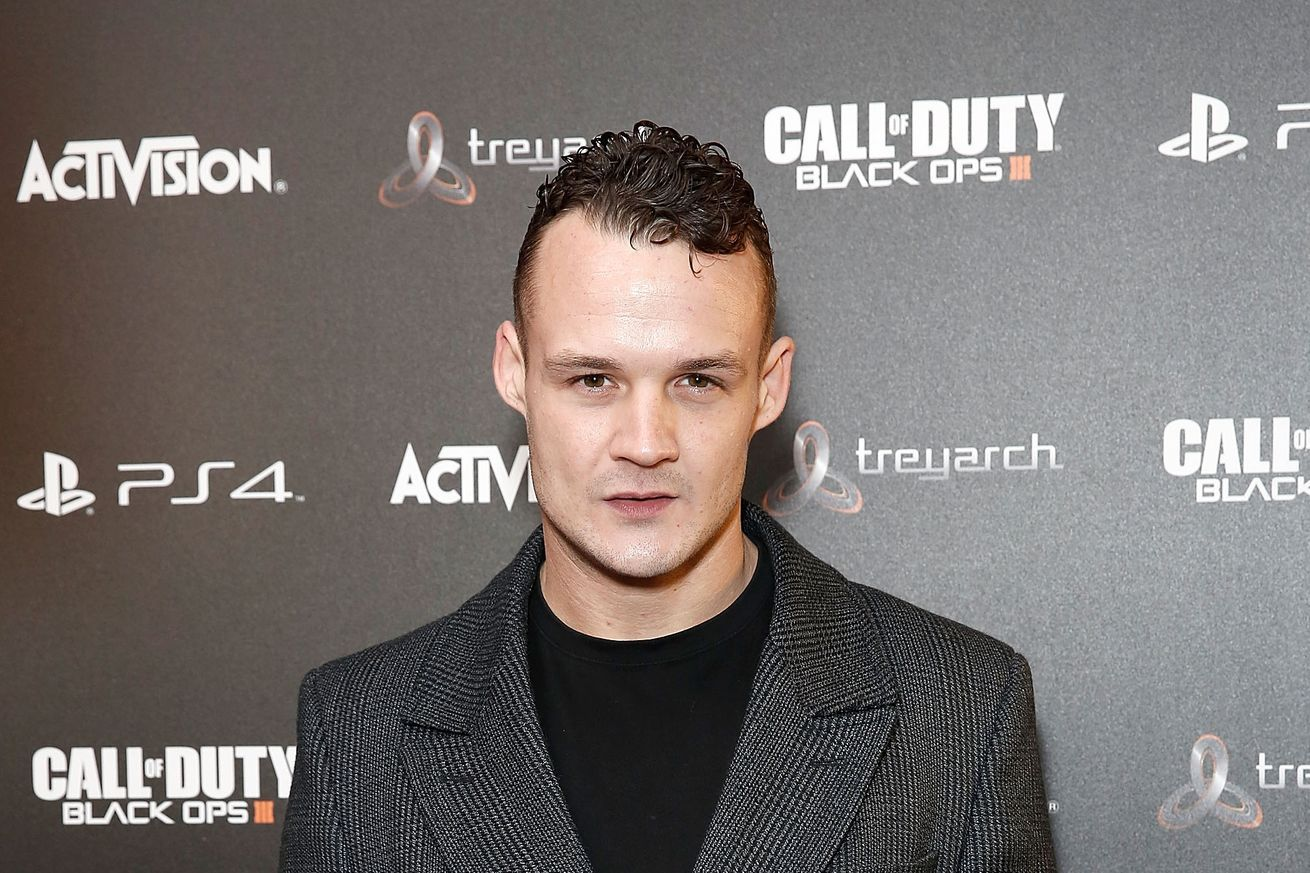 Actor From Harry Potter Franchise To Pursue A Career In Mma Harry Potter Actors Actors Harry