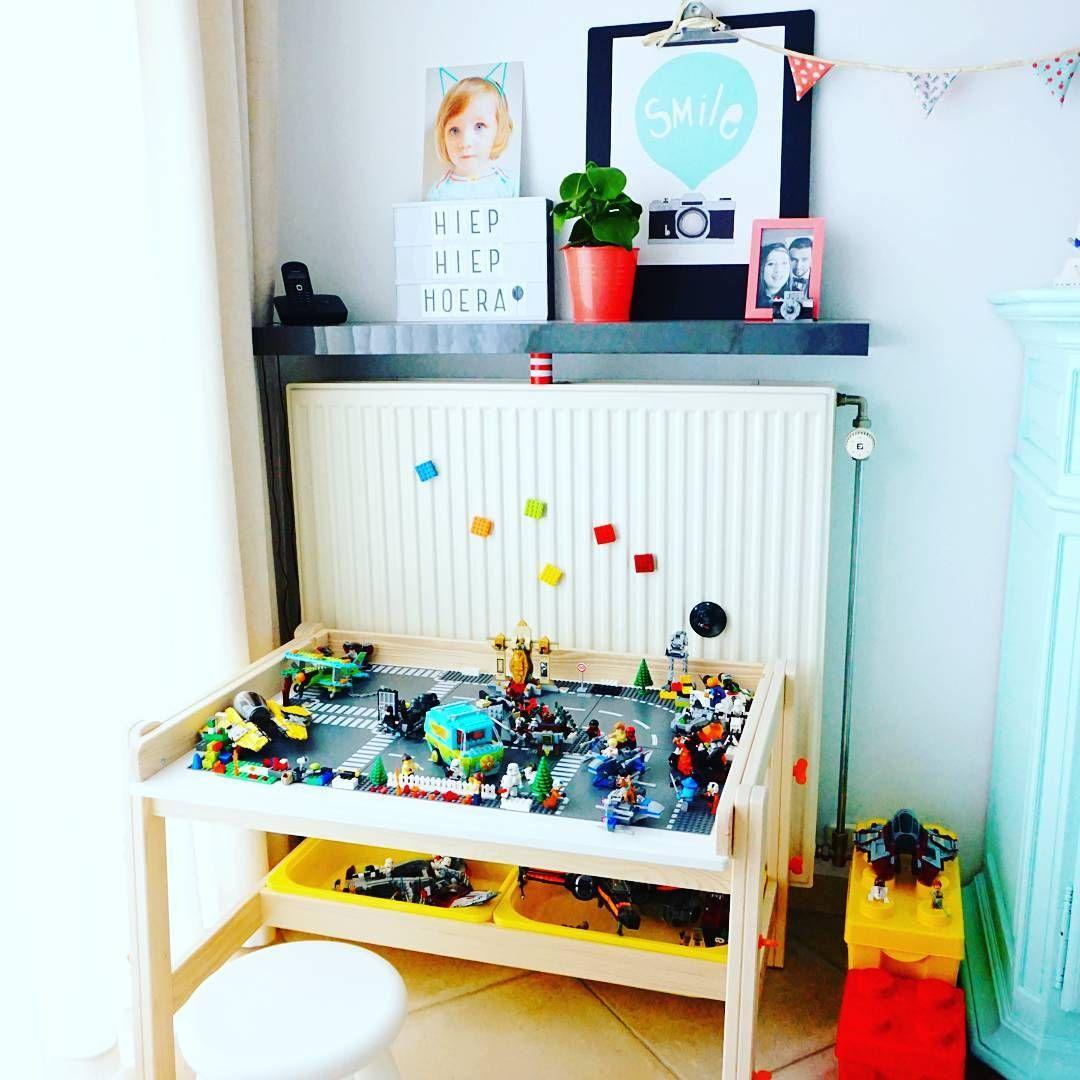 Onze Nieuwe #flisat Desk Van #ikea Blijkt De Ideale Legotafel Te Zijnu2026 Big  Boy ...