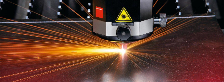 Lazer kesim karbondioksit gazına elektrik akımı vererek yapılan sac kesme işlemidir.