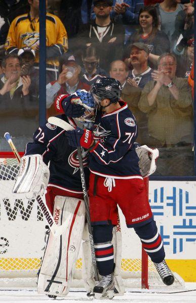 Columbus Blue Jackets Sergei Bobrovsky And Nick Foligno Their Epic Hugs Columbus Blue Jackets Columbus Blue Jackets Hockey Blue Jacket