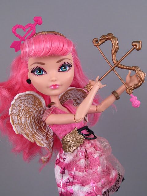CA Cupid ranks number 4 on my fave characters list. She helps people find their true heart's desire gives cool advice. I like her Ever After High version much better than her Monster High version.