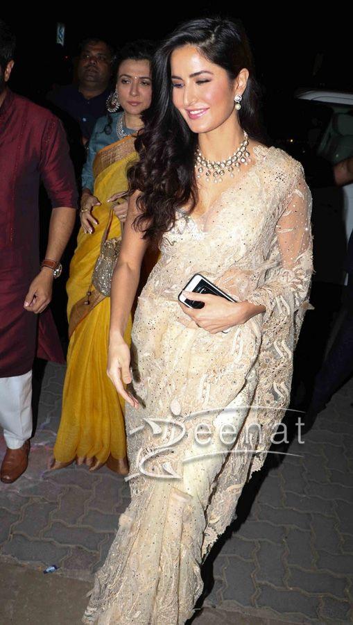 9aed1e14ae82cb Katrina Kaif so gorgeous in beautiful Saree and Blouse at a Diwali Party in  2016.  katrinakaif  bollywood  bollywoodfashion  desi  saree  fashion  sari  ...