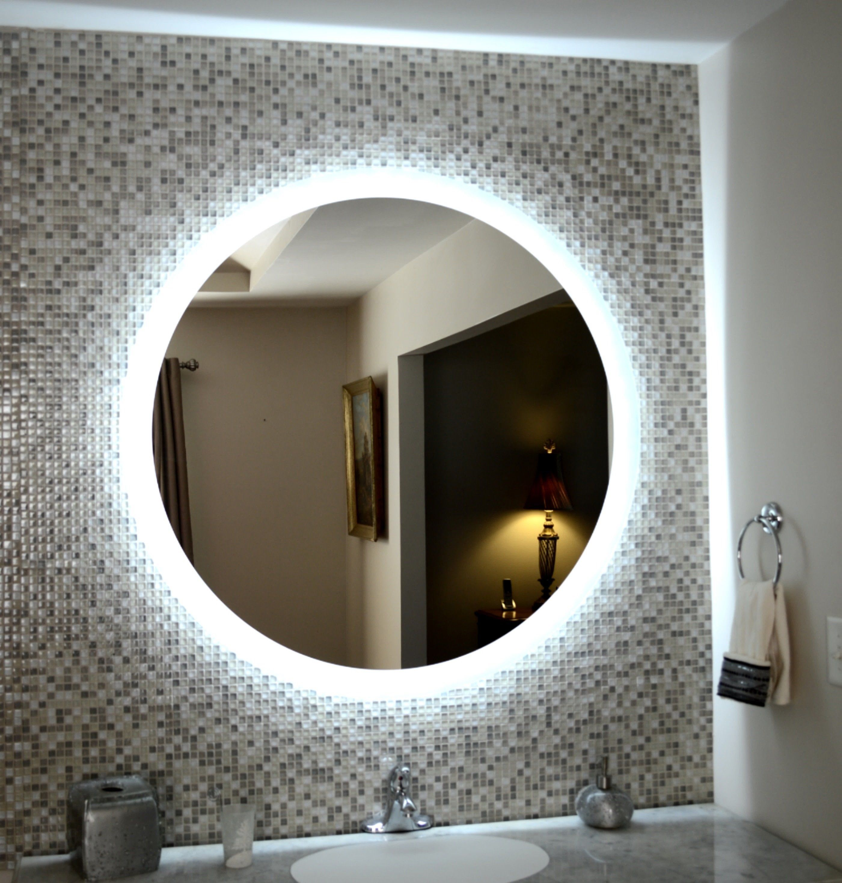 Side Lighted Led Bathroom Vanity Mirror 48 Wide X 48 Tall Round Wall Mounted Miroir Salle De Bain Salle De Bains Moderne Salle De Bain Design