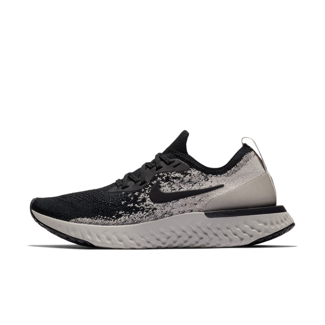 830554f2a362e Nike Epic React Flyknit Women s Running Shoe Size 7.5 (Black)